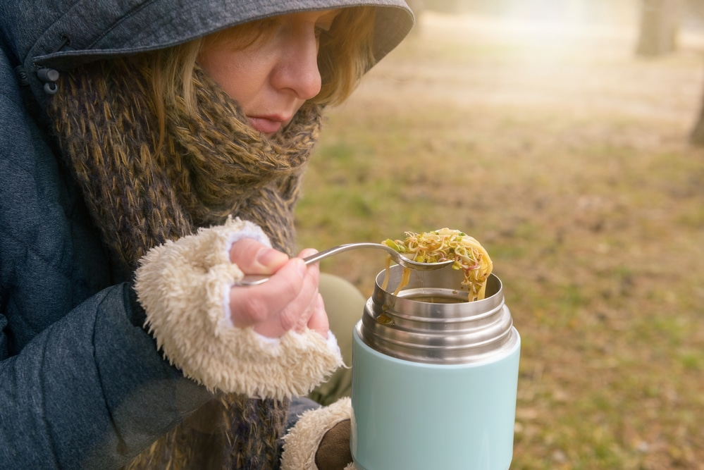 how long can you keep food hot in a flask